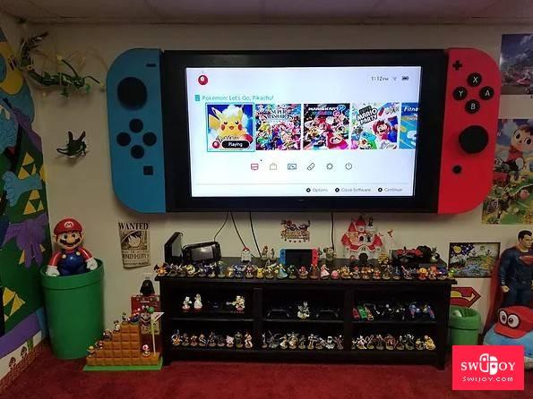 毫无违和感 玩家自制巨型Switch挂墙上